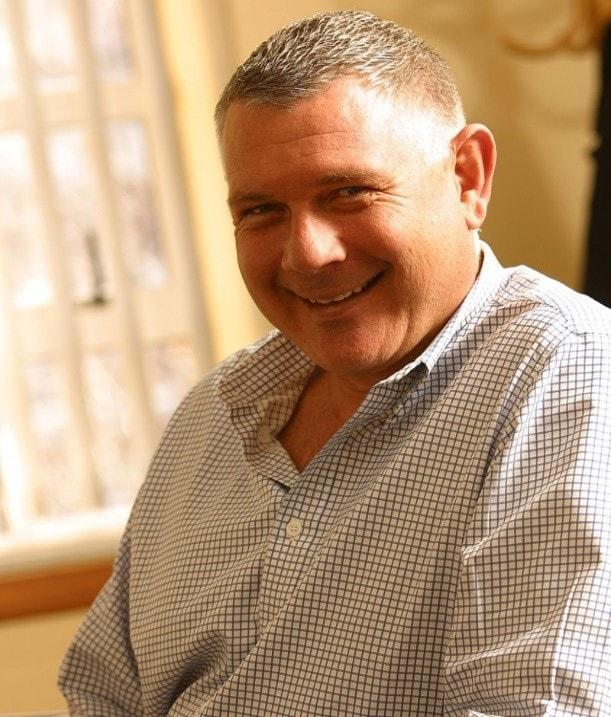 Stuart Russell is mede-oprichter en algemeen directeur bij Thoclor Labs Zuid-Afrika